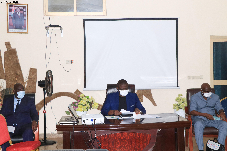 Grand Lomé : Les membres du Comité de Supervision du Transport et du Traitement des DSU se concertent